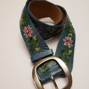 """Accessories - Genuine Leather belt in teal  color 40"""" long"""